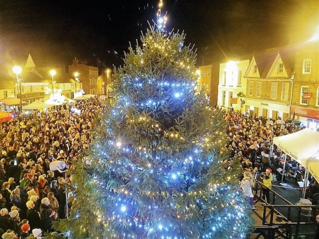 Christmas Pics.Get Involved In Thame S Christmas Lights Switch On 2019